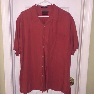 🐙 3/$20 Men's Silk/Linen Blend Button Down shirt